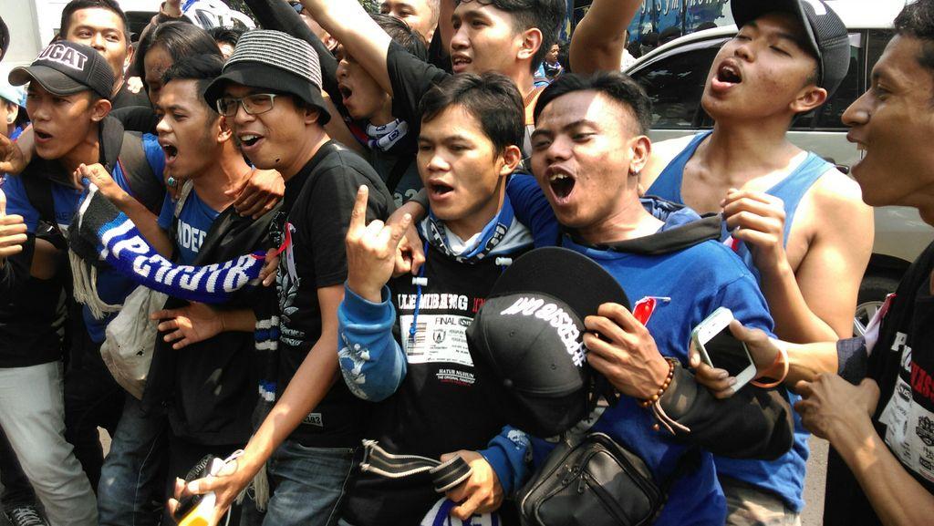 Suporter Persib Harap Pengamanan Ketat di Jakarta Hingga Pulang ke Bandung