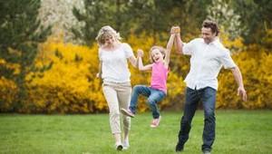 Tips Agar Anak Tak Kaget Bertemu Keluarga Jauh Saat Mudik