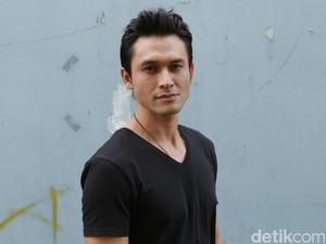 Indra Bruggman Kenang Saat Syuting Terakhir dengan Eko DJ