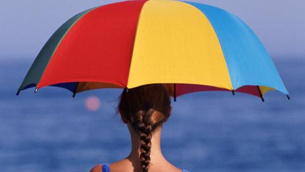 Berkegiatan di Tengah Cuaca Terik? Hati-hati, Masalah Kesehatan Ini Mengintai