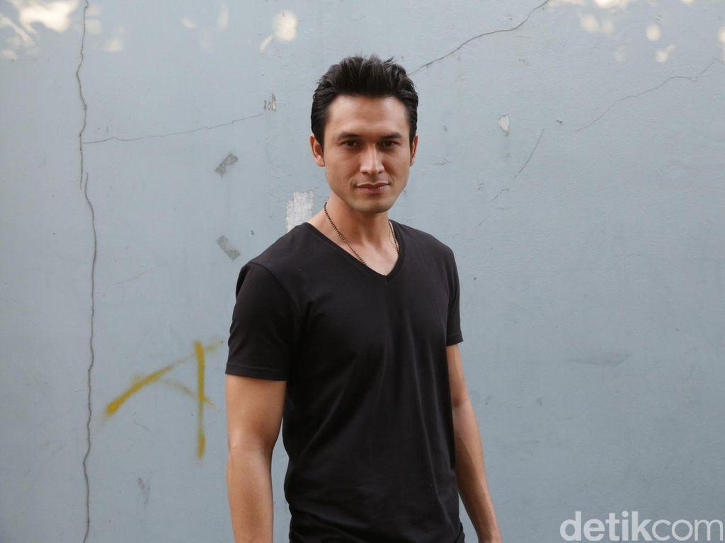 Artis Pamer Saldo ATM, Indra Bruggman Ada Pesan Nih