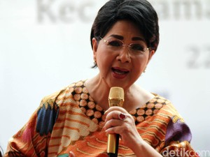 Titiek Puspa: Love You Julia Perez, Get Well Soon