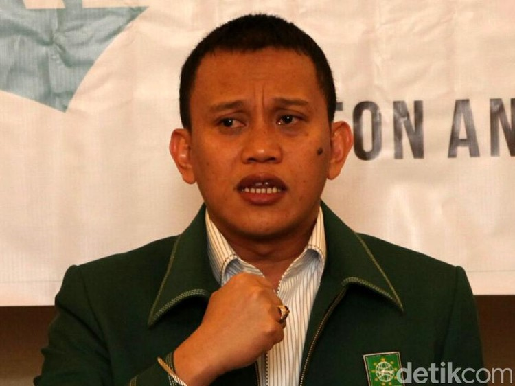 Tim Jokowi: Ketua Kadin-Hipmi Gabung Tak Berkaitan dengan Logistik