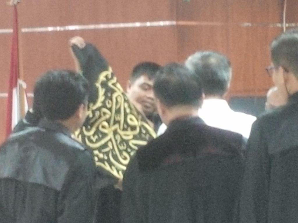 Potongan Kiswah Kabah di Kasus Suryadharma Ali Dilelang
