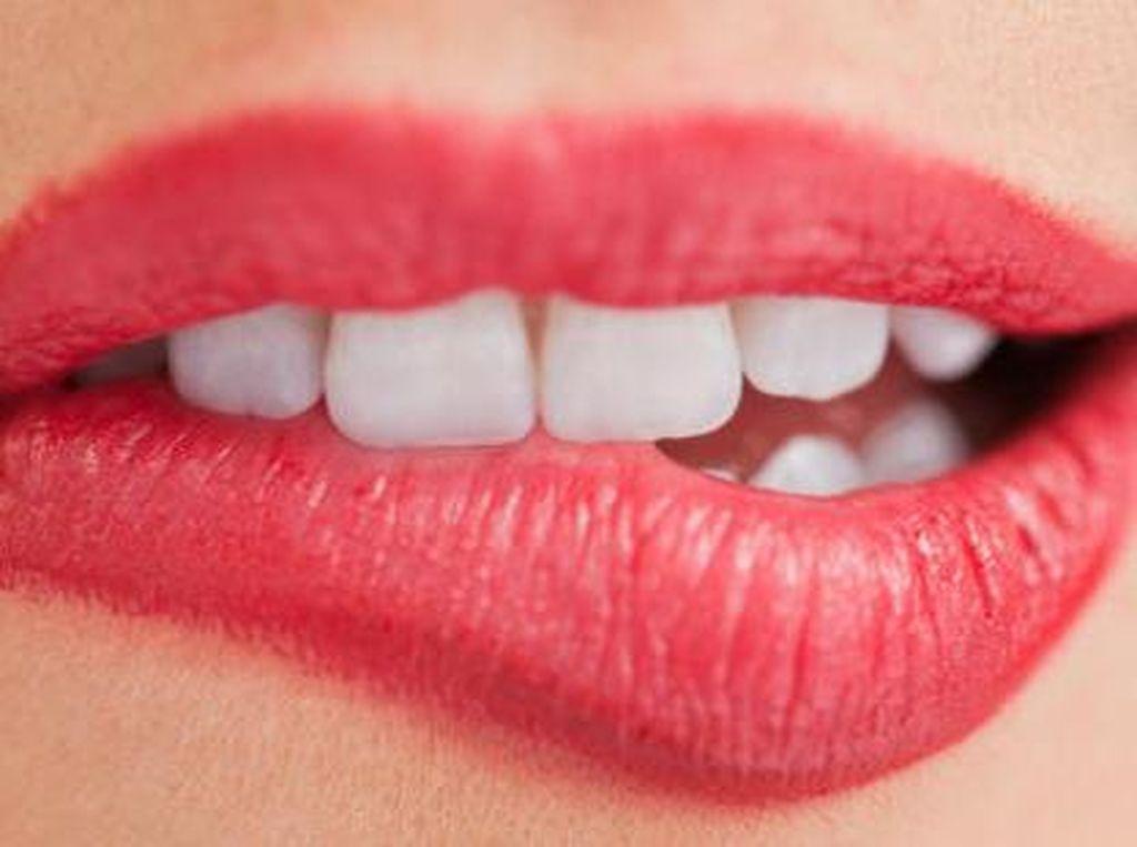 4 Penyakit Infeksi yang Bisa Menular Lewat Ciuman