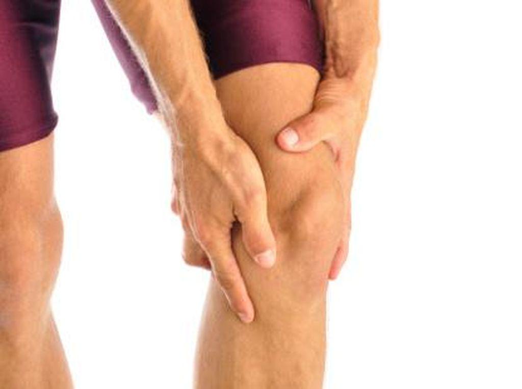 Beragam Penyebab Lutut Bisa Berbunyi saat Ditekuk