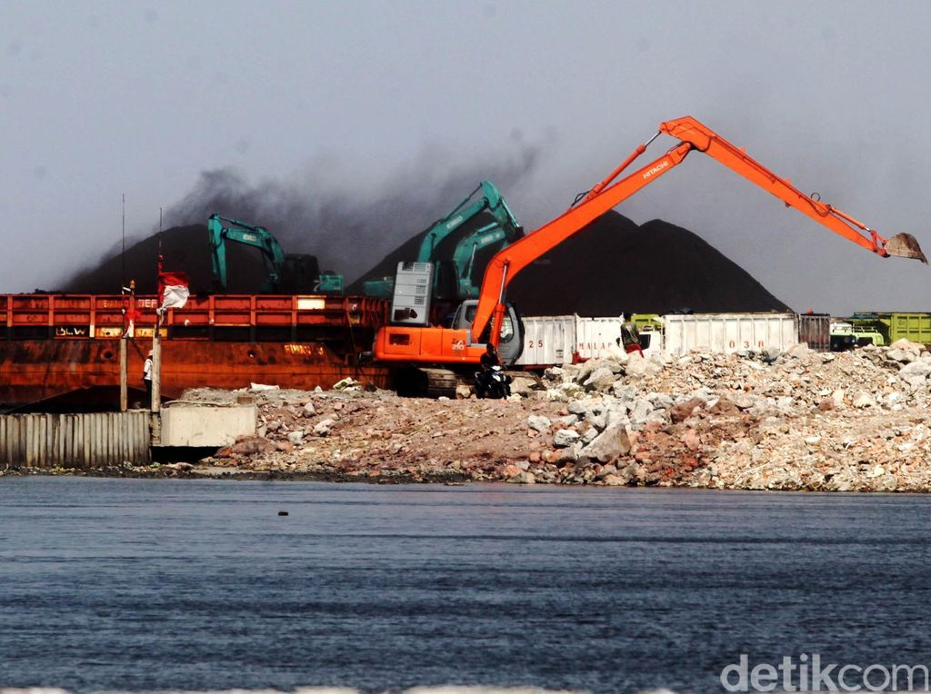 PLN Akuisisi Tambang Batu Bara di Meulaboh hingga Jambi