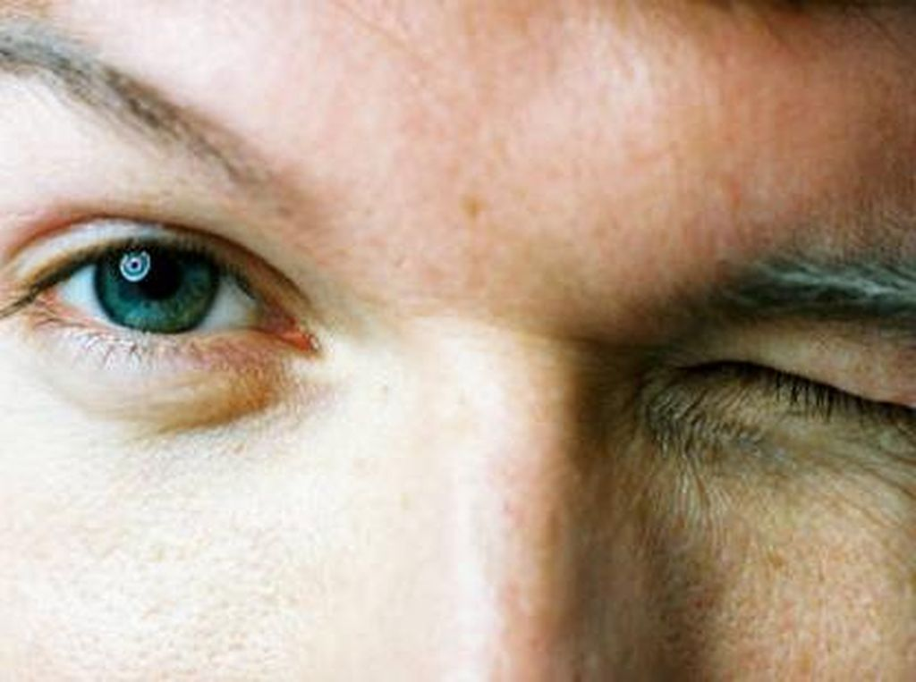 Mengejutkan, Pria Ini Terinfeksi Sifilis di Matanya