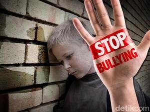 Stop Bullying, Pendidikan Karakter, dan Sekolah Gratis