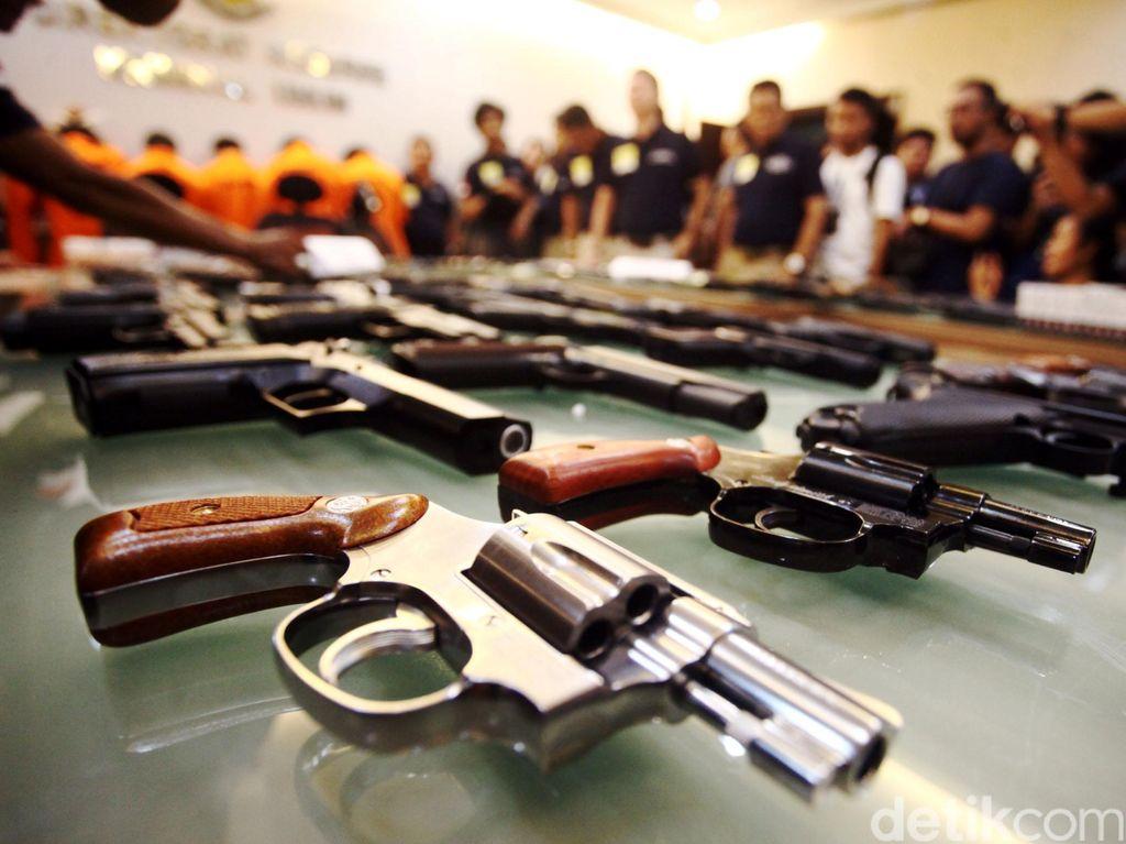Pistol Penembak Pelajar di Jakbar Identik Milik Polri, Asal-usul Diselidiki