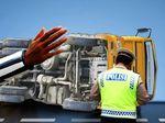 Ada Kecelakaan Truk di Tol Karawaci Arah Jakarta, Lalin Macet