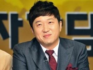 Cuti Tampil di TV, Jung Hyung Don Nikmati Waktu Bersama Anak
