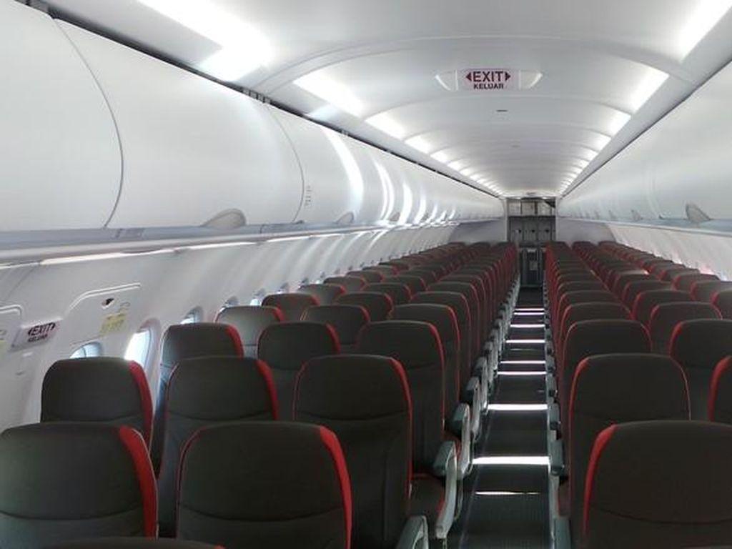 Jumlah Penumpang Pesawat Anjlok Lebih dari 80% Gegara Corona