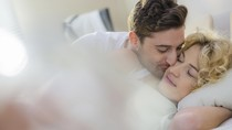Jarang Digunakan, Posisi Seks Ini Bikin Bercinta Makin Panas (2)
