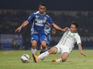 Fenomena Transformasi Posisi Gelandang Serang di Sepakbola Indonesia