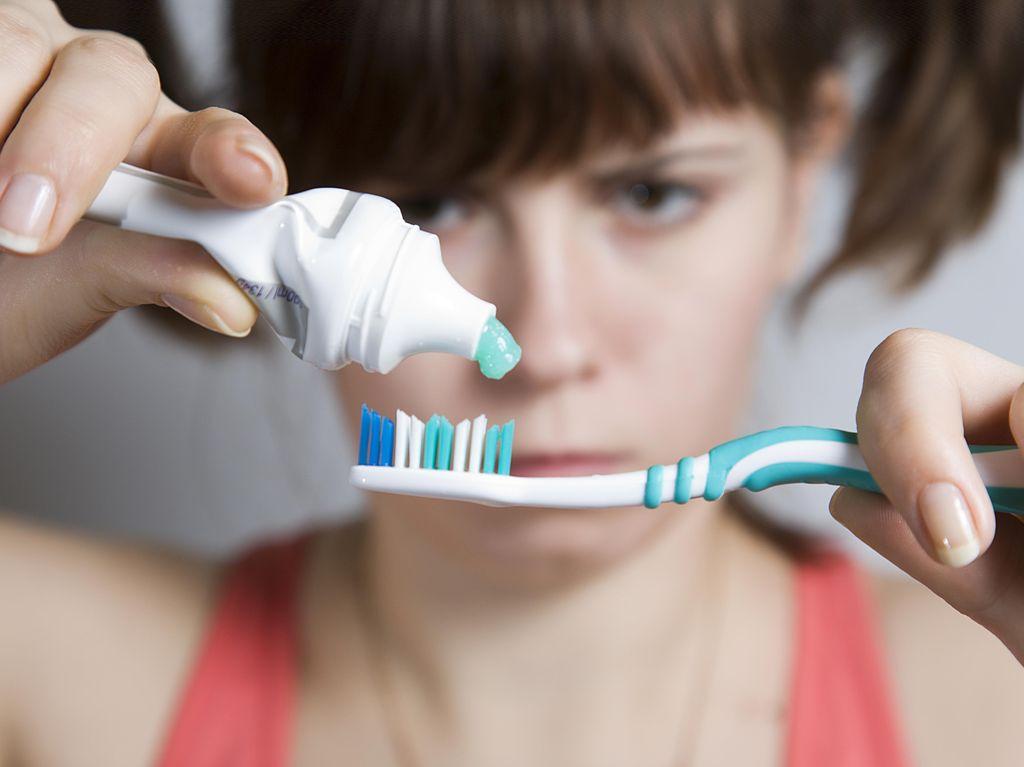 Jangan Malas! Dokter Gigi Ingatkan Pentingnya Sikat Gigi Usai Sahur