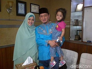 Curahan Hati Shinta Tanjung Usai Resmi Cerai dengan Zacky Mirza