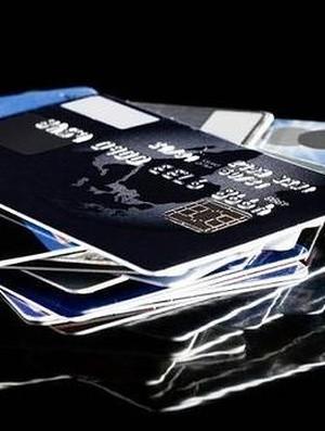 Sisi Positif Memiliki Kartu Kredit