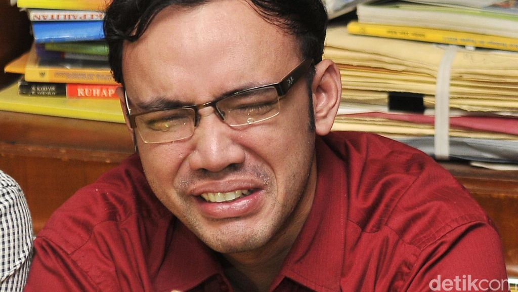 Samuel Rizal Intim dengan Nikita Mirzani, Sandy Tumiwa Nangis Ditangkap Polisi