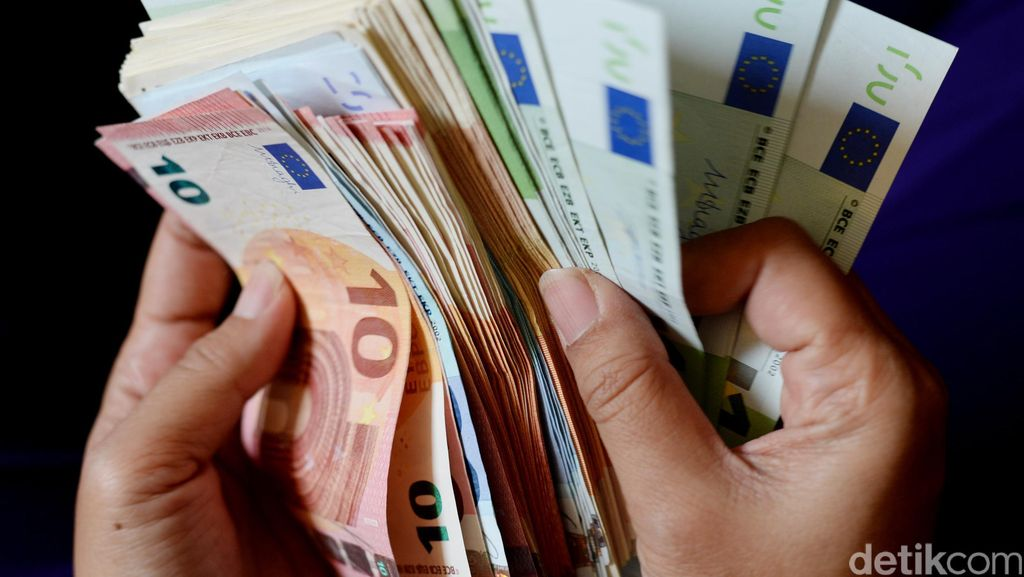 Negara Ini Beri Gaji US$ 587/Bulan ke 2.000 Warganya