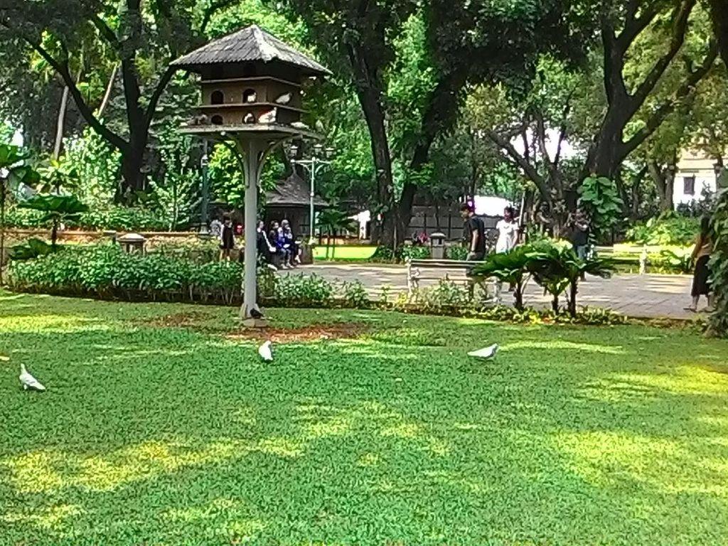 Ahok Sebut Taman Suropati Semrawut, Wali Kota: Penertiban Sudah Berulang Kali