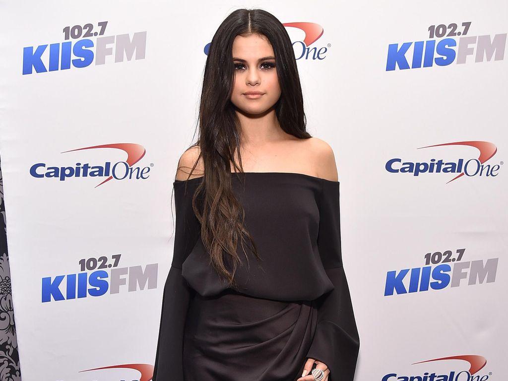 Seperti Selena Gomez, 5 Selebriti Ini Hidup dengan Lupus