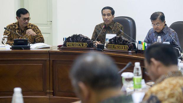 Jokowi Perlu Serius Permak Punggawa Ekonomi di Kabinet Baru