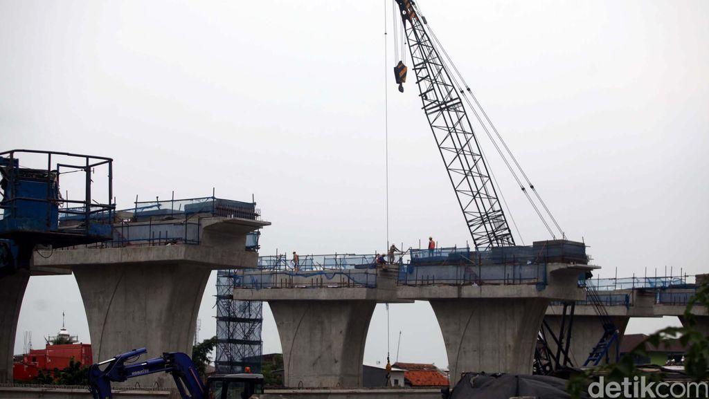 BPJT: Pembangunan Jalan Tol Melayang Jakarta-Cikampek Jangan Timbulkan Macet