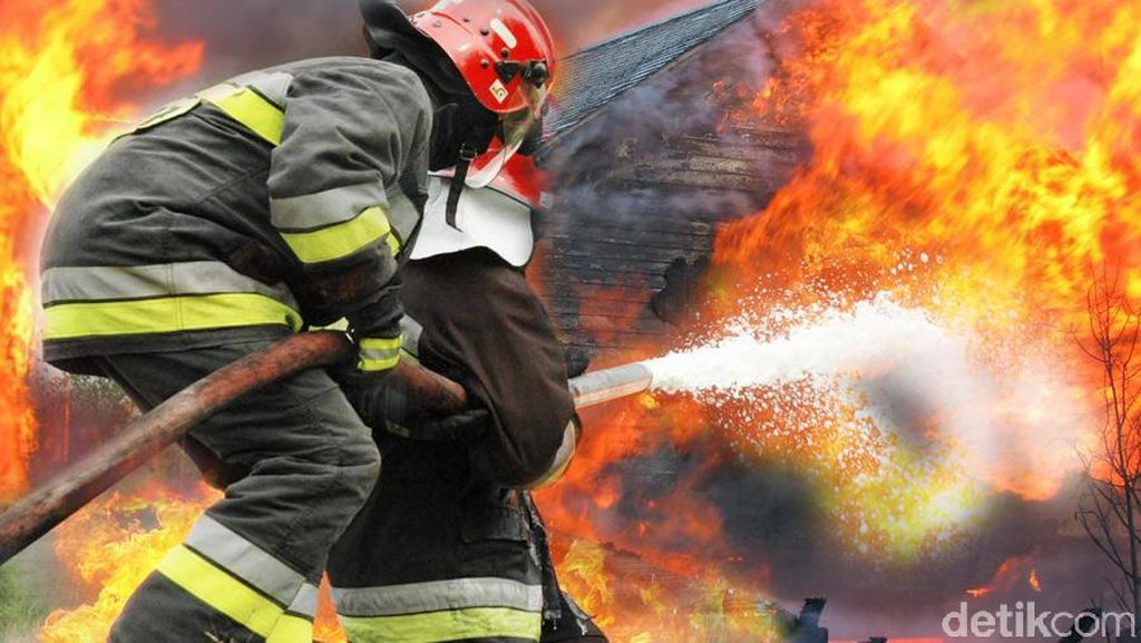 Kios di Pasar Inpres Senen Terbakar