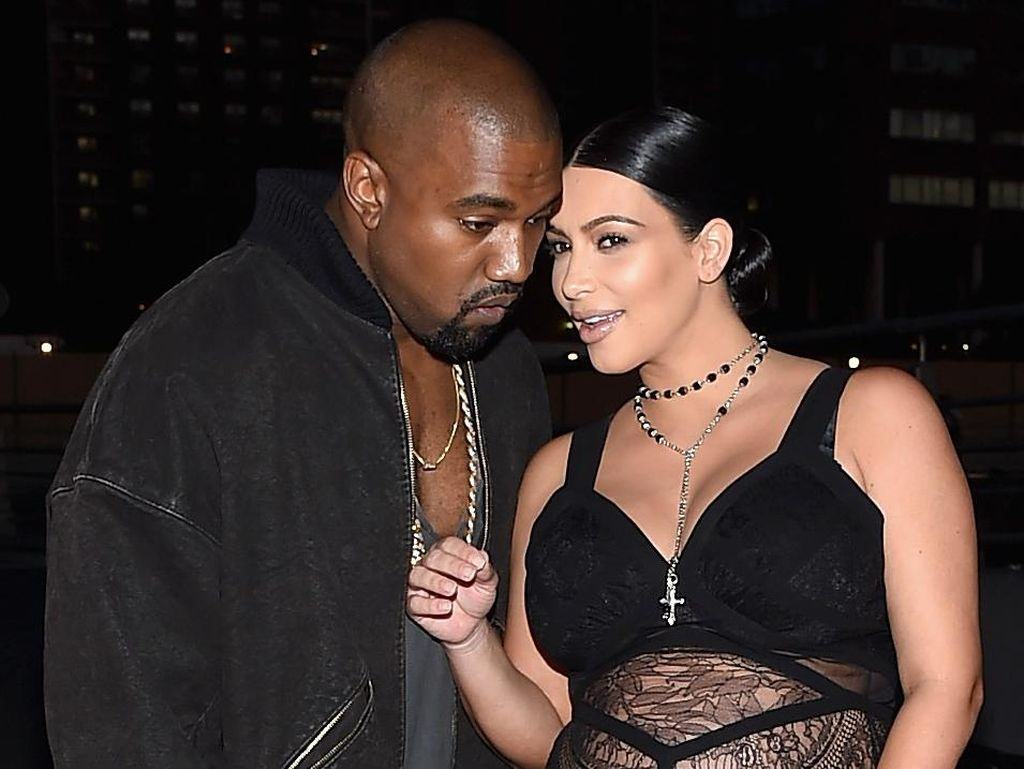 Dulu Bercinta Berkali-kali Sehari, Kim-Kanye West Kini Setahun Pisah Ranjang