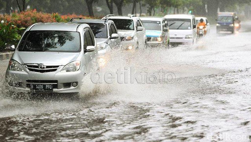 Cara Menangani Kendaraan Setelah Kebanjiran