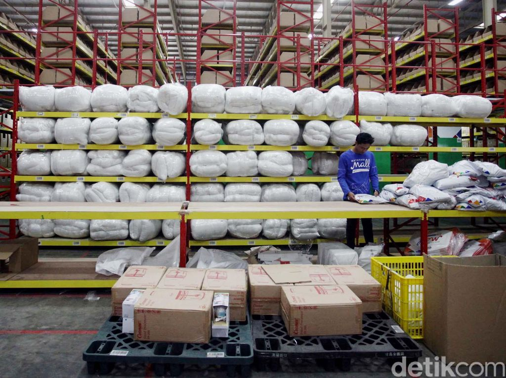 Toko Online di RI Barangnya Banyak Impor, Kapan Ekspornya?
