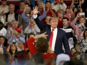 Dokter Sebut Trump Kandidat Paling Sehat Jika Terpilih Jadi Presiden AS