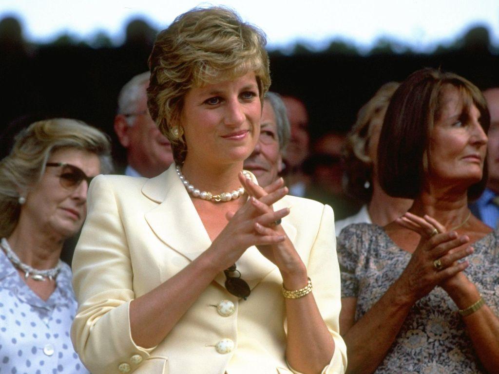 Potongan Kue Pernikahan Pangeran Charles dan Diana Dilelang Rp 15 Juta