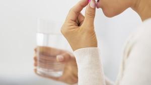 Minum Pil Pelangsing Pasca Melahirkan, Akankah Efeknya Mengalir ke ASI?