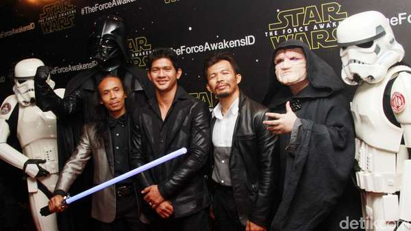 Iko Uwais, Cecep dan Yayan Ruhian di Gala Premiere Star Wars