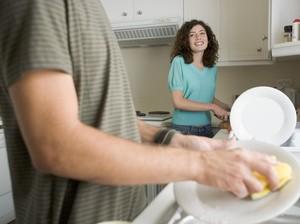 5 Perabotan Dapur yang Perlu Dipastikan Kebersihannya Setiap Hari