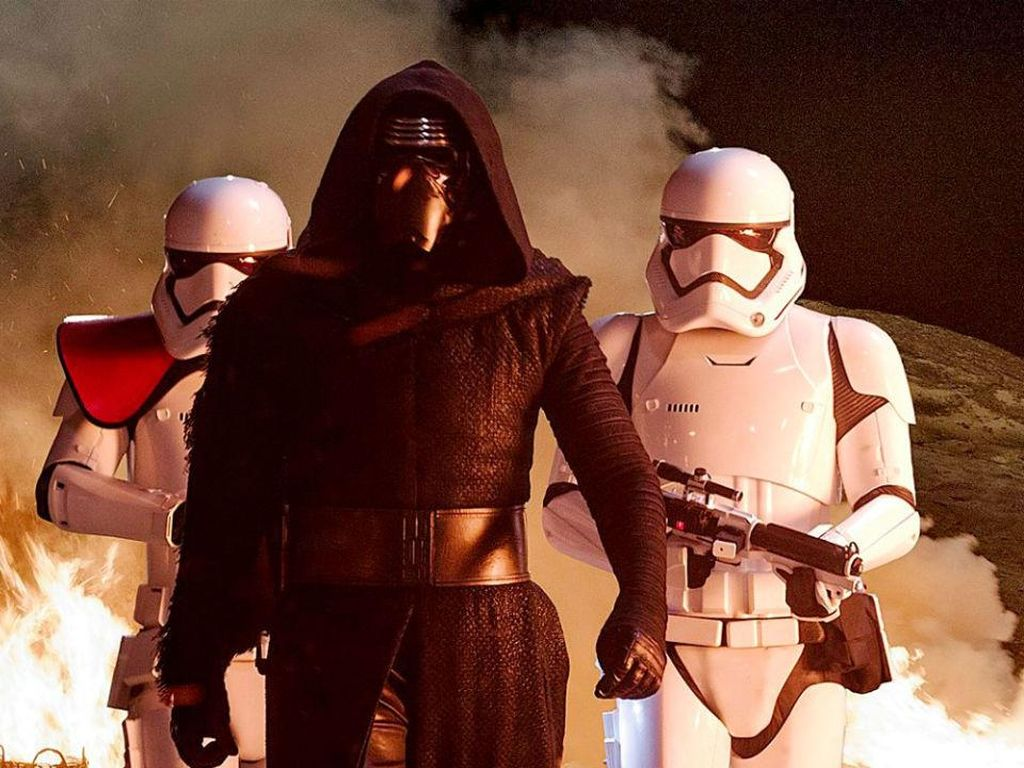 Kylo Ren Dapat Helm Baru di Star Wars: Episode IX