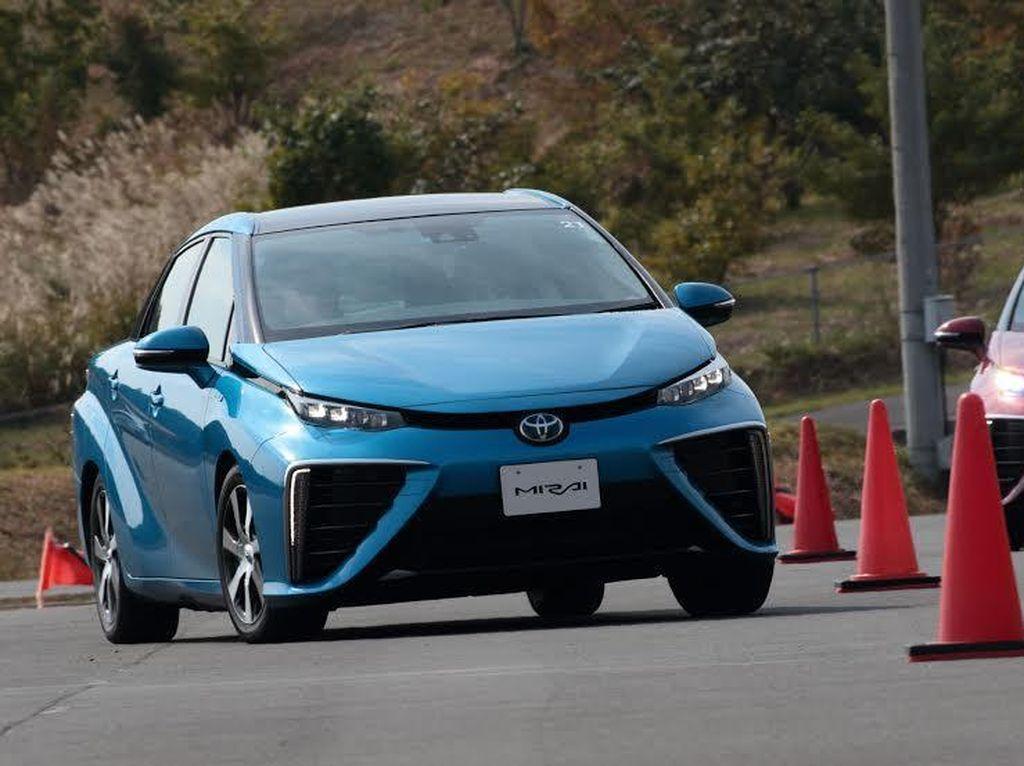 Toyota Tes Mirai di China