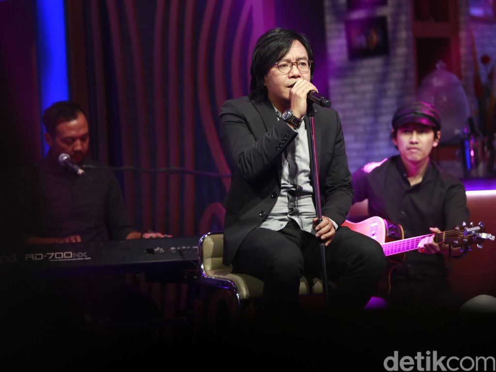 2 Bulan Tak Manggung Imbas Corona, Ari Lasso Kangen Suasana Konser
