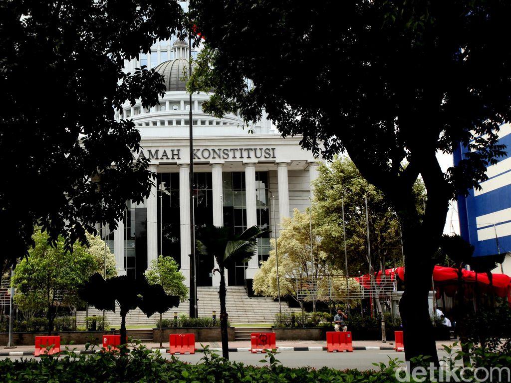 Pengesahan UU KPK Langgar Prosedur, Ada Banyak Landasan untuk Gugat ke MK