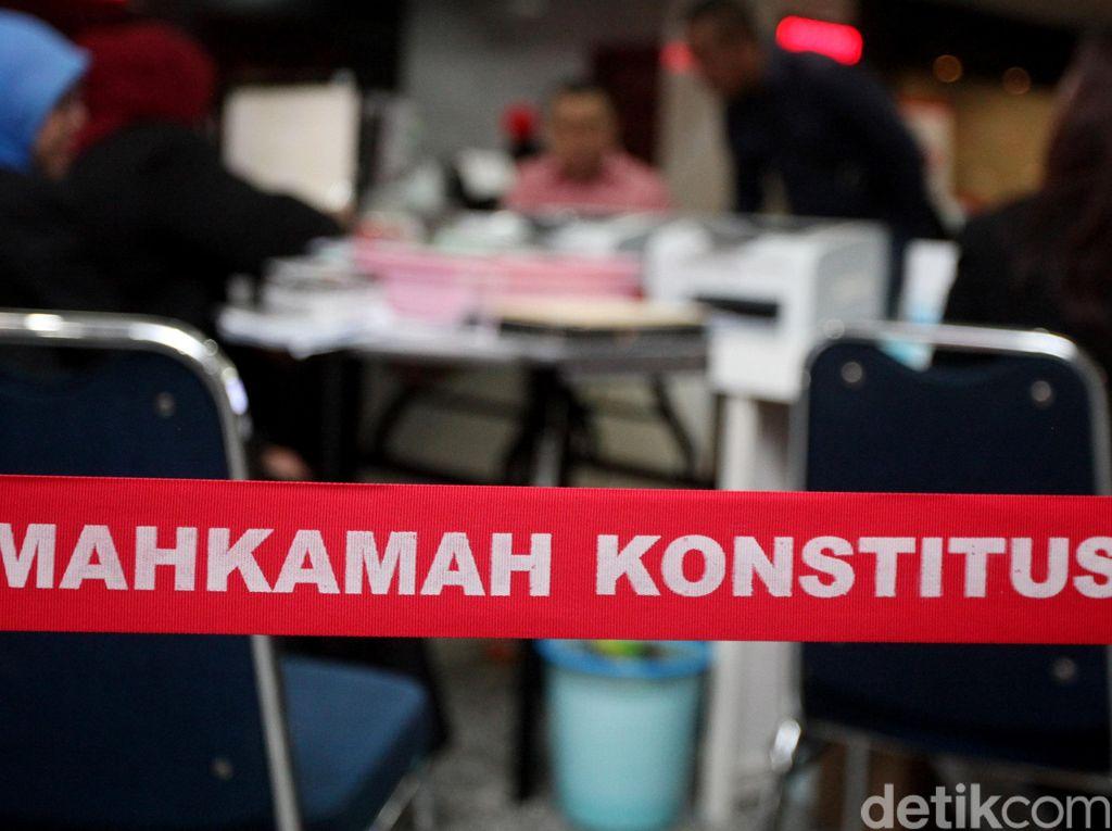 Kalah PSU Pilkada Labuhanbatu Selatan, Hasnah-Kholil Daftar Gugatan ke MK