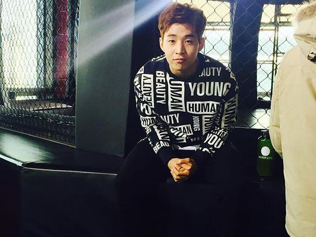 Henry Hengkang dari SM Entertainment
