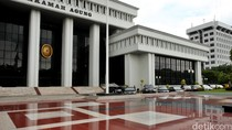 Kasus Perizinan Blok Migas, Eks Bupati Sampang Dibui 5 Tahun