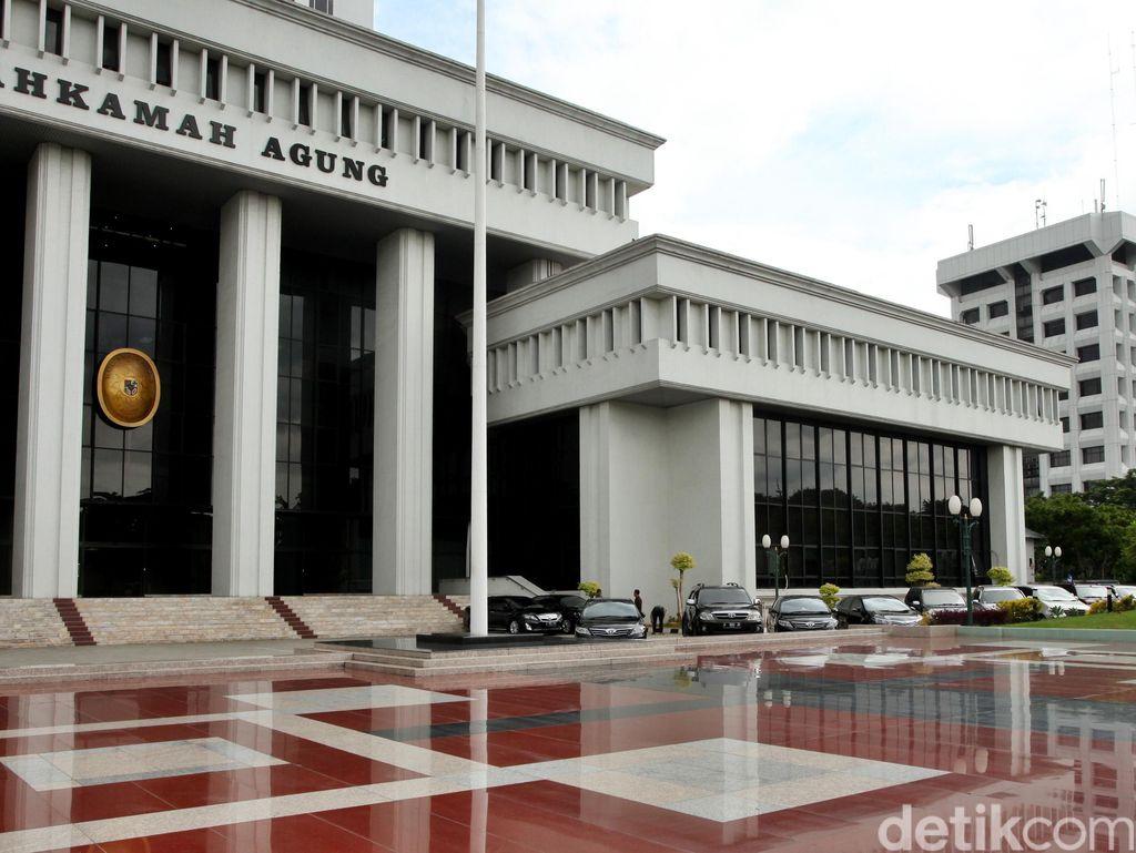 Diminta ICW Tolak PK Koruptor, Begini Respons MA