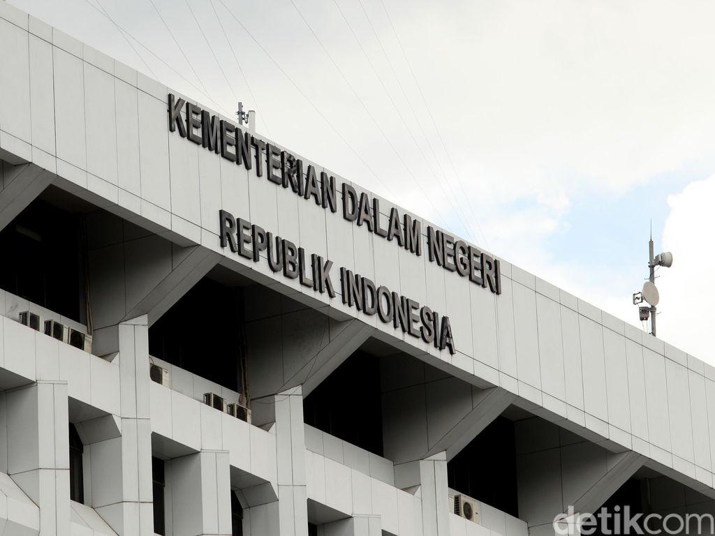 Kemendagri Persilakan Gerindra Inisiasi Interpelasi Gubernur Sumbar
