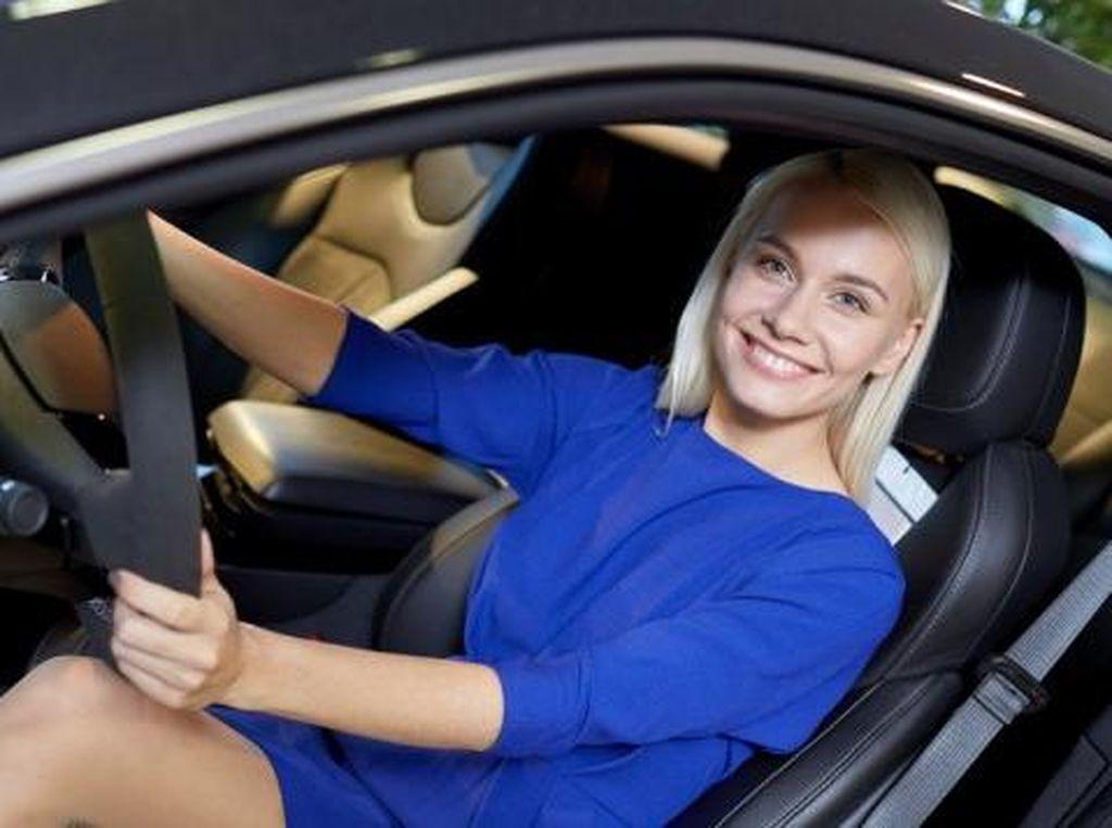 10 Mobil Pilihan Wanita dan Pria