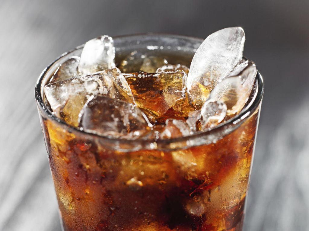 Dinilai Sebabkan Perilaku Berisiko, Minuman Berenergi Tak Dijual di Kampus Ini
