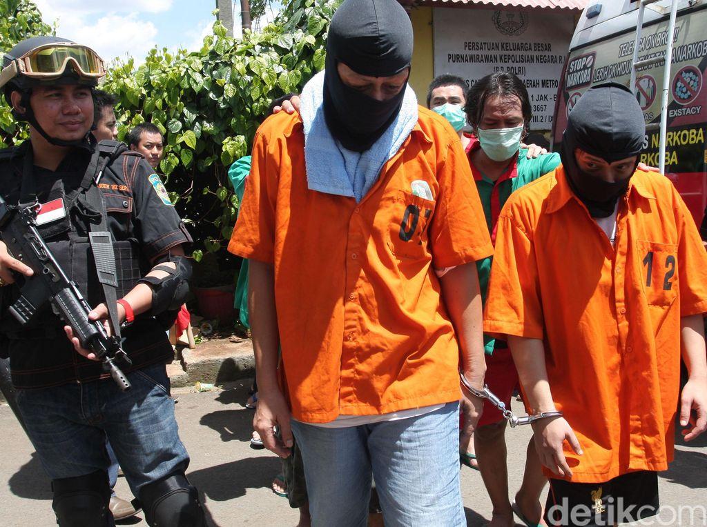Perangi Narkoba, Polisi Sapu Bersih Peredaran Sabu dan Ganja di Jaktim