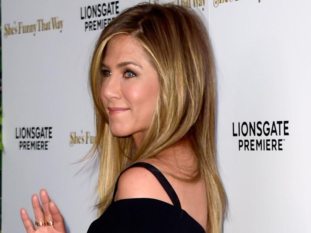 Pesan Jennifer Aniston Sebelum Tahu Jolie Selingkuh dengan Brad Pitt